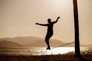 Slackline: um ótimo exercício para corrigir a sua postura